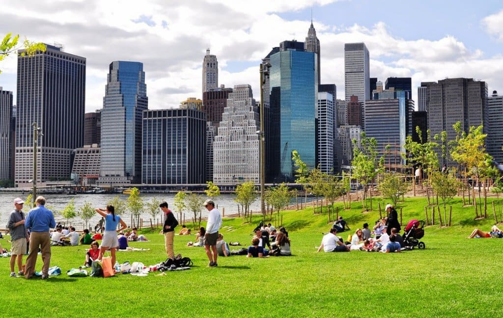 Parque Brooklyn Bridge Park em Nova York