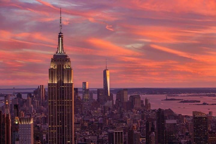 Subir em um dos enorme prédios de Nova York