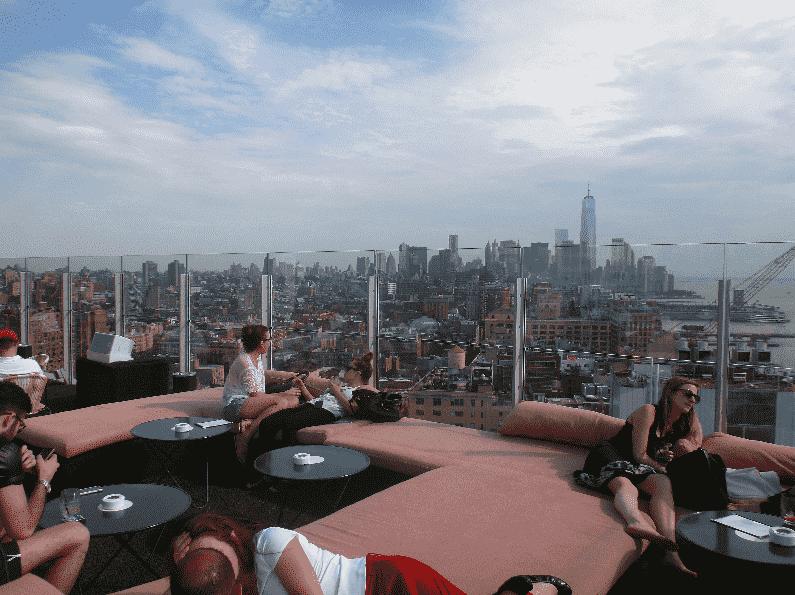 Como é a balada Le Bain em Nova York