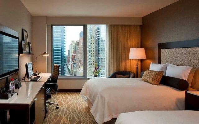 Hotéis bons e baratos na Times Square