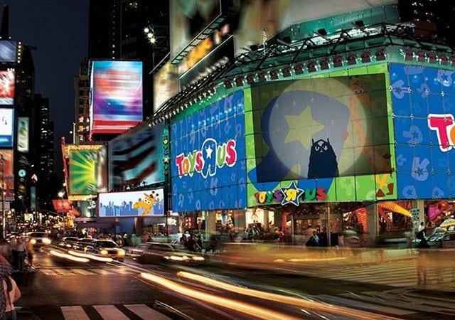 Loja de brinquedos Toys 'R' Us em Nova York | Compras