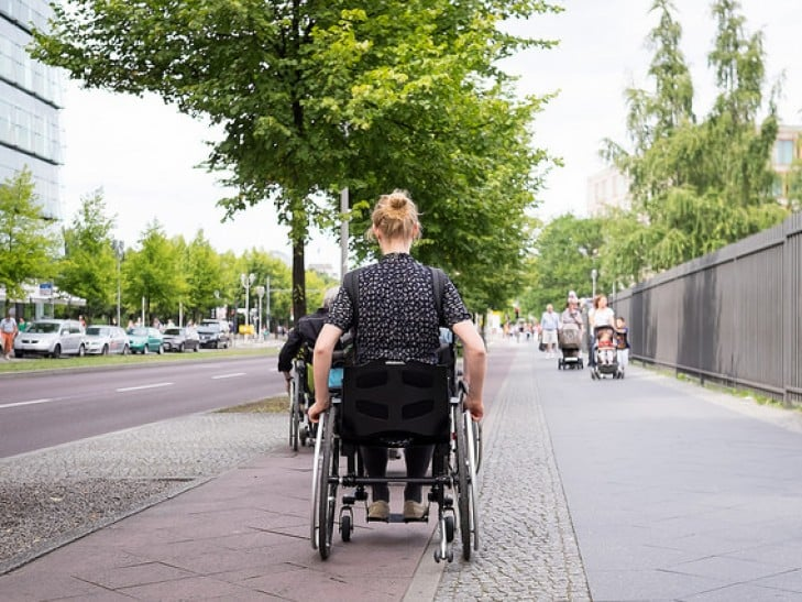 Ruas para deficientes físicos em Chicago