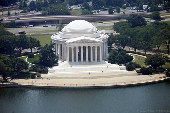 Passear pelo Jefferson memorial e lagoa Tidal Basin