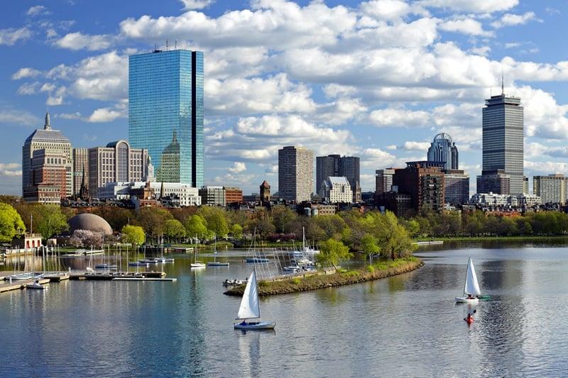 Como fazer ligações e usar internet à vontade no seu celular em Boston