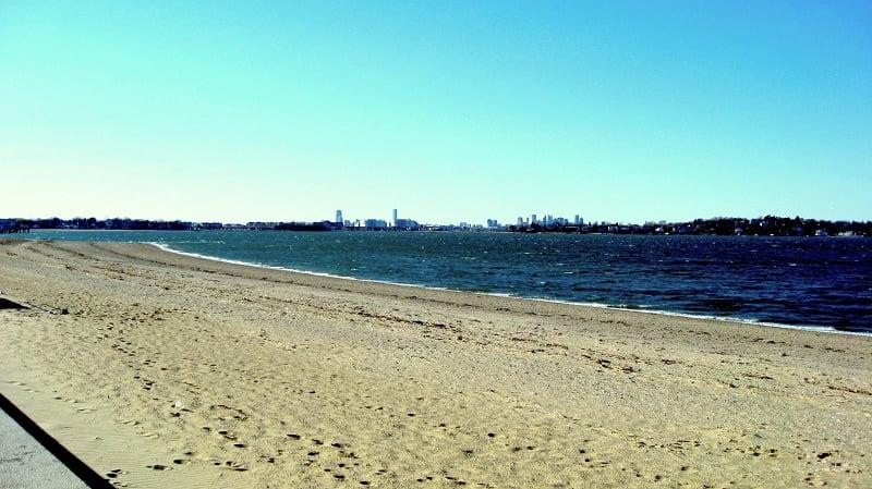 Praia M Street Beach em Boston