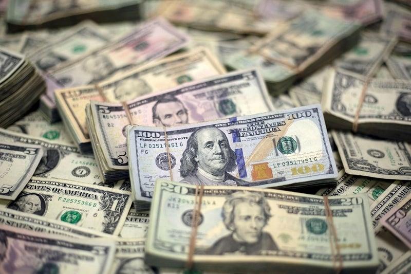 Dinheiro vivo e dólares em espécie em Boston