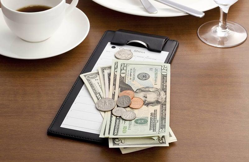 Valores das gorjetas nos bares e restaurantes em Boston
