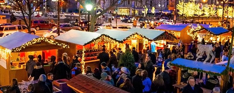 Mercado de Natal no Love Park na Filadélfia